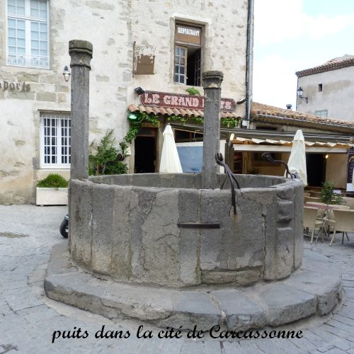 06 carcassonne puits
