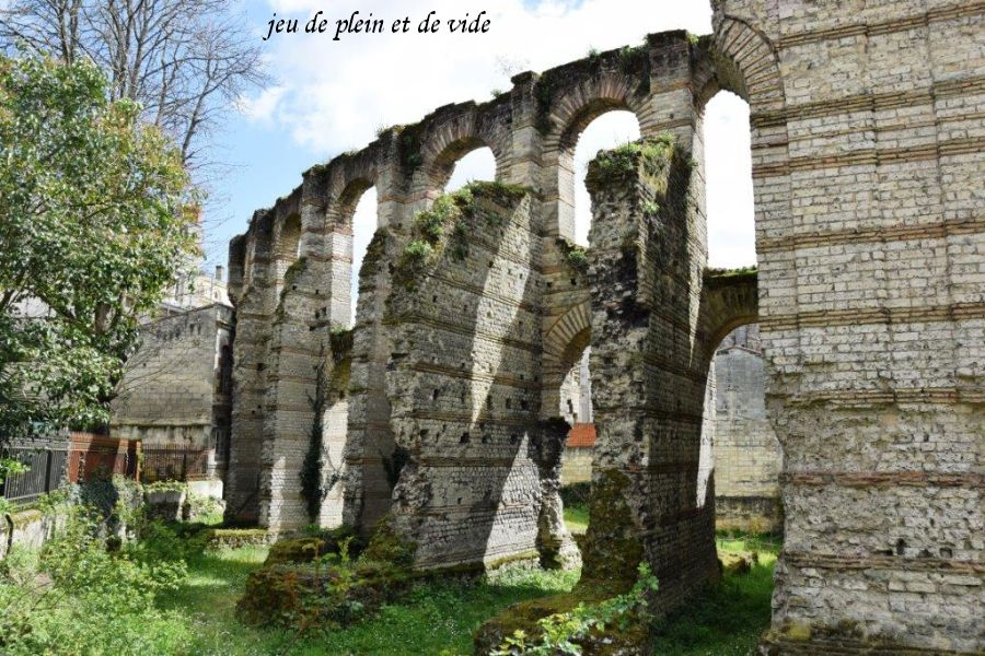 8 palais gallien