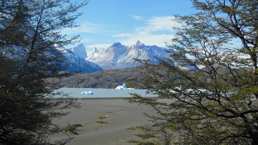 glacier grey 0010003
