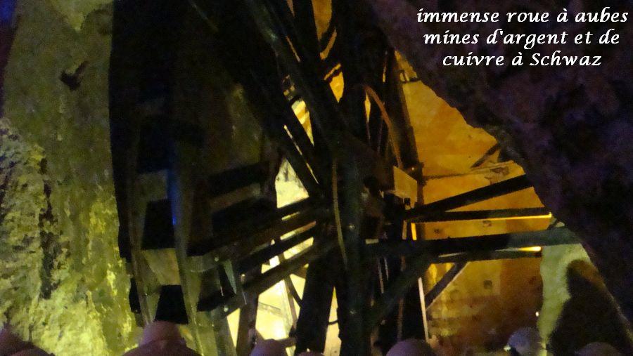 32-roue-a-aube-immense-pour-ecluser-leau-du-fond-de-la-mine-argent