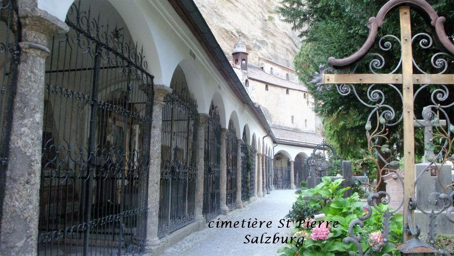 87-chapelles-creusees-dans-le-roc-cimetiere-salzburg
