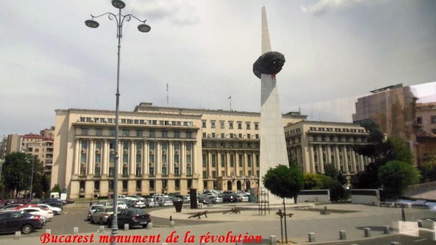 bucarest-monumentdelarevolution