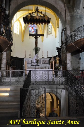 apt-basilique-sainte-anne1