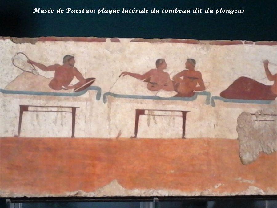 24 plaque latérale tombeau