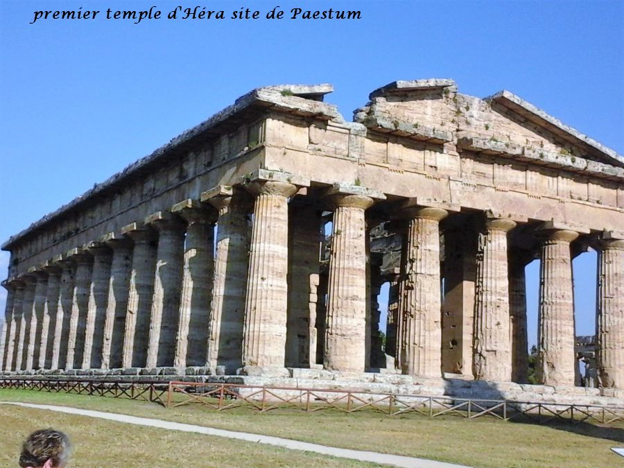 28 Paestum temple Héra 1