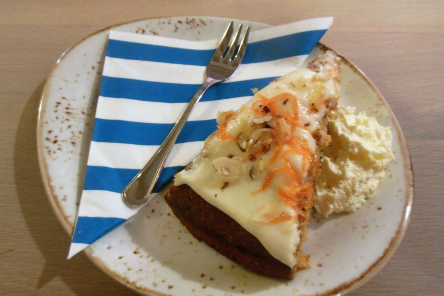 010 gateau carottes noix