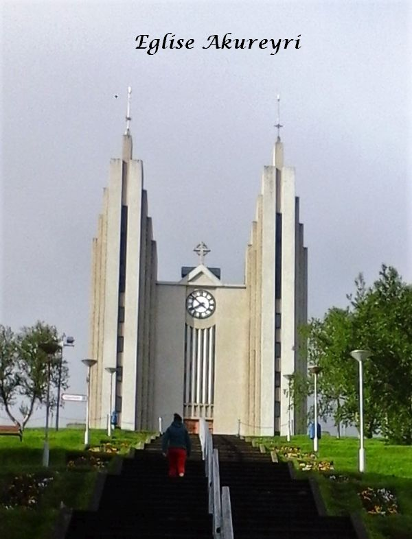 04 Eglise Akureyri