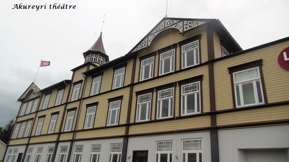 09 théatre Akureyri