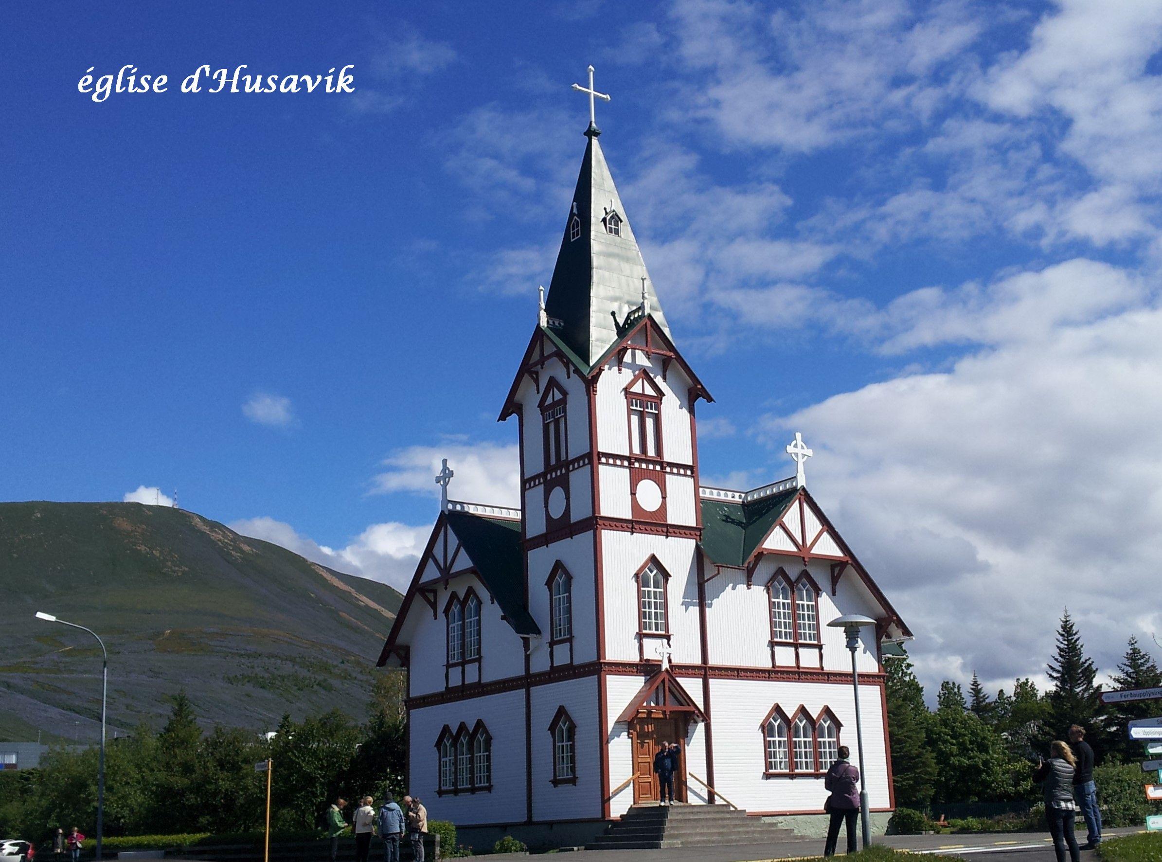 12 église Husavik