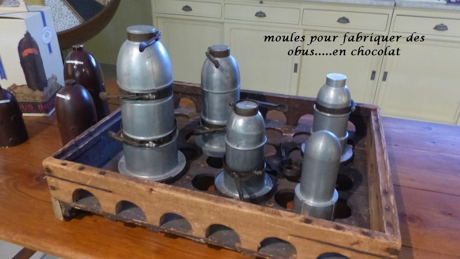 06 P1050336 ustensiles pour fabr obus en chocolat
